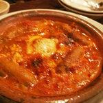 バルバル - 肉料理 チョリソーとピリ辛おとし卵の煮込