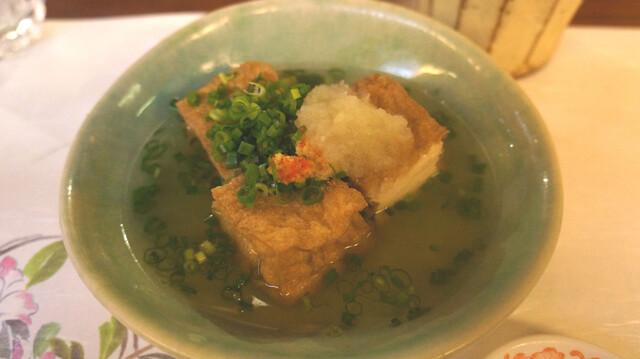 北 新地 六根 大阪北新地用细心地技术烹饪出来的和食和绝品美味的肉料理。