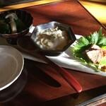 122813680 - 三品(お浸し、湯葉豆腐、鴨肉)