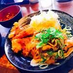 ずんべら屋 - 料理写真:チキンカツデミと、生姜焼き