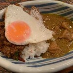 ブラン亭 - チキン&キーマ卵付き