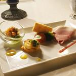 ブルーバイユー・レストラン - 料理写真:シェフおすすめのオードヴル オードヴル・ヴァリエ