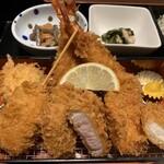Tonkatsutowashokunobutake - MIXかつ御膳、ヒレ、ロース、海老2尾、チキン、ナス