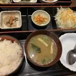 Tonkatsutowashokunobutake - 鯛のあらだき御膳