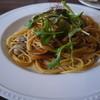 エヌワイブランシェ - 料理写真:アサリとキノコのトマトソース