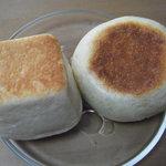 12285079 - お米豆乳クリームパンと塩あんぱん