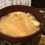 柊草はなれ - 具だくさんのお味噌汁って思ったら、お雑煮でした(2020.1.3)