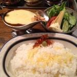 ボンディ - ビーフカレー+チーズ