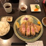 122862250 - 「特上リブロースかつ定食」(2600円税別)