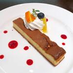 SERIO - ベイクドチーズケーキ(税込720円)