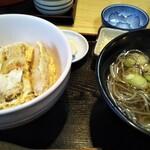 122877968 - カツ丼セット870円