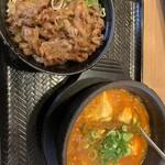 122879979 - カルビ丼ミニとスン豆腐セット