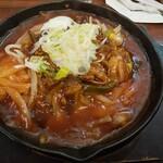 あんかけスパマ・メゾン - 国産牛ホルモンの味噌煮込みあんかけスパ1,230円(税込・サイズM)