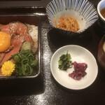 近江牛 岡喜本店 - 料理写真:小鉢とみそ汁付き