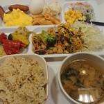 コンフォートホテル - 料理写真:朝食ビュッフェ例