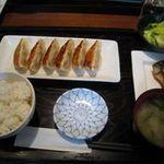 フウダイニング - 餃子定食800円