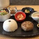 ハンバーグカフェ ナリスケ - 料理写真: