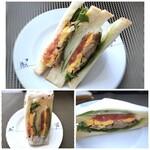 テイクアサンドイッチ ロカボリズム - 「照り焼きチキンと野菜サンド(380円:税別)」・・照り焼きチキンの味わいもよく、美味しいと。