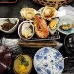 味佐々 - 貝焼き膳
