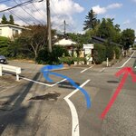 122914830 - 赤線の神社には行かず、青線側に曲がる