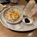 プロント - ハムチーズトーストセット462円