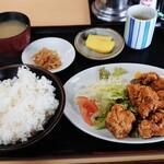 とら吉 - 料理写真:から揚げ定食