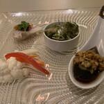 ドラゴン食堂 - 蛸の和物、野菜のマリネ、皮蛋、よだれ鷄