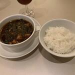 ドラゴン食堂 - 麻婆豆腐、ライス
