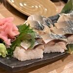 大衆酒場 本山ヒャッポ - 鯖棒寿司
