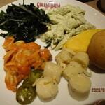 シュラスコ&ビアバー ゴッチバッタ - (食べ放題のサラダなど)