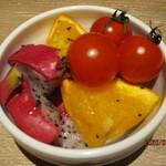 シュラスコ&ビアバー ゴッチバッタ - (食べ放題のチョコフォンデュのフルーツ)