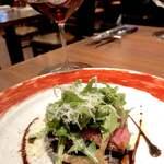 122963059 - エコメ牛のグリルと赤ワイン
