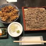 凪 - かき揚げ丼と盛り蕎麦のセット@900円