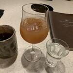 KoKoRotake 老松通り - ドリンク写真:梅酒ソーダと無料のウーロン茶