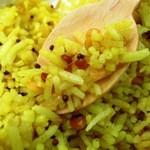 カルナータカー - ライスはインドのお米で細長です