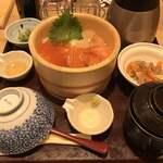 おひつごはん四六時中 - 料理写真:北海三色おひつごはんと小鉢