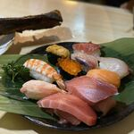 トモ - お寿司