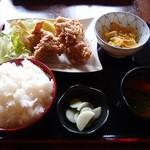 春夏秋冬 - 料理写真:唐揚げ定食