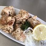 味仙 - 料理写真:鶏の唐揚げ
