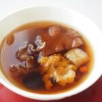 センス - 高級乾燥きのこ 黄耳と楡耳の蒸しスープ