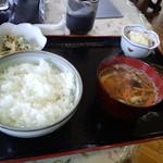 かあさん家 - 山賊焼き定食(ご飯・味噌汁分)