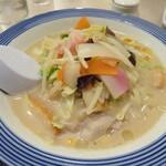 リンガーハット - 料理写真:小さいちゃんぽん 495円