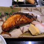長八 - 銀鱈照焼き