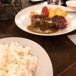 熟成肉バル Carne Rico Katete -