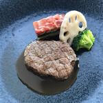 アールピーアール - 牛フィレ肉のグリル