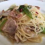 いたり家 - 豚肉と長ネギのペペロンチーノ¥880