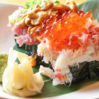 鮮度が光る!魚真流の贅沢なお寿司もお見逃しなく◎