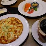 白雪ブルワリーレストラン長寿蔵 - ミックスピザとハッセルの前菜