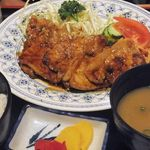 クレピス - 豚肉のしょうが焼定食(730円)
