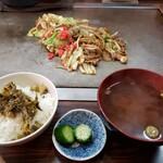 まる福 - 焼そばランチ 750円